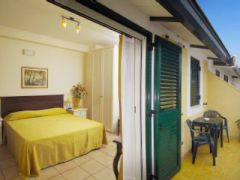 Casa Famiani Bed & Breakfast