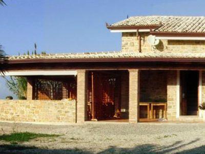 Villa Leucosia