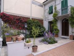 Bed and breakfast il Glicine Viareggio