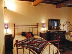 ViaDiMezzo Guest House